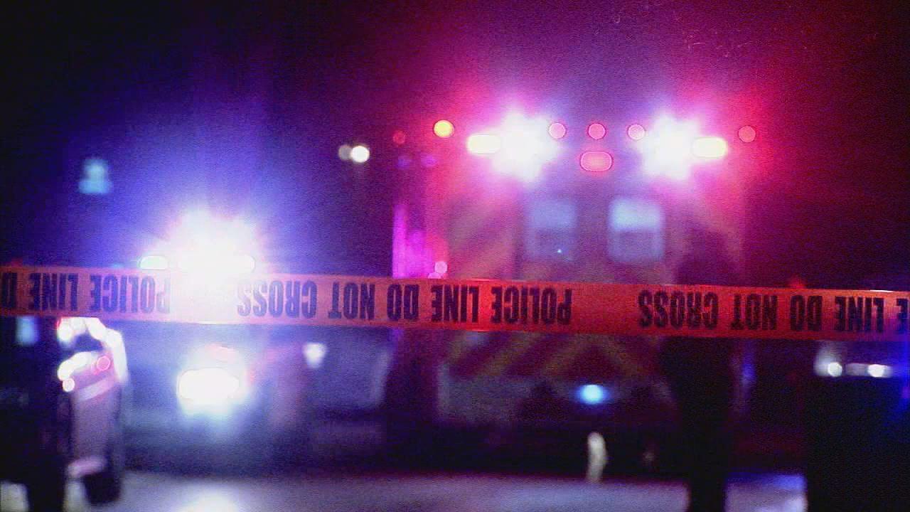 3 dead in Harlem blaze; police probing gunshots inside